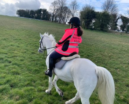Anna's #Hack1000Miles diary: fit horses, helicopters landing & a two-inch muscle gap