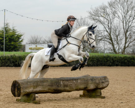 4 Ways to Get Your Horse Riding Confidence Back After an Injury